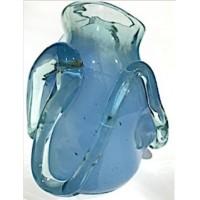 Стеклянная ваза неправильной формы голубая